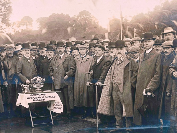 Image of group of men at opening of Castle Carrock resrvoir